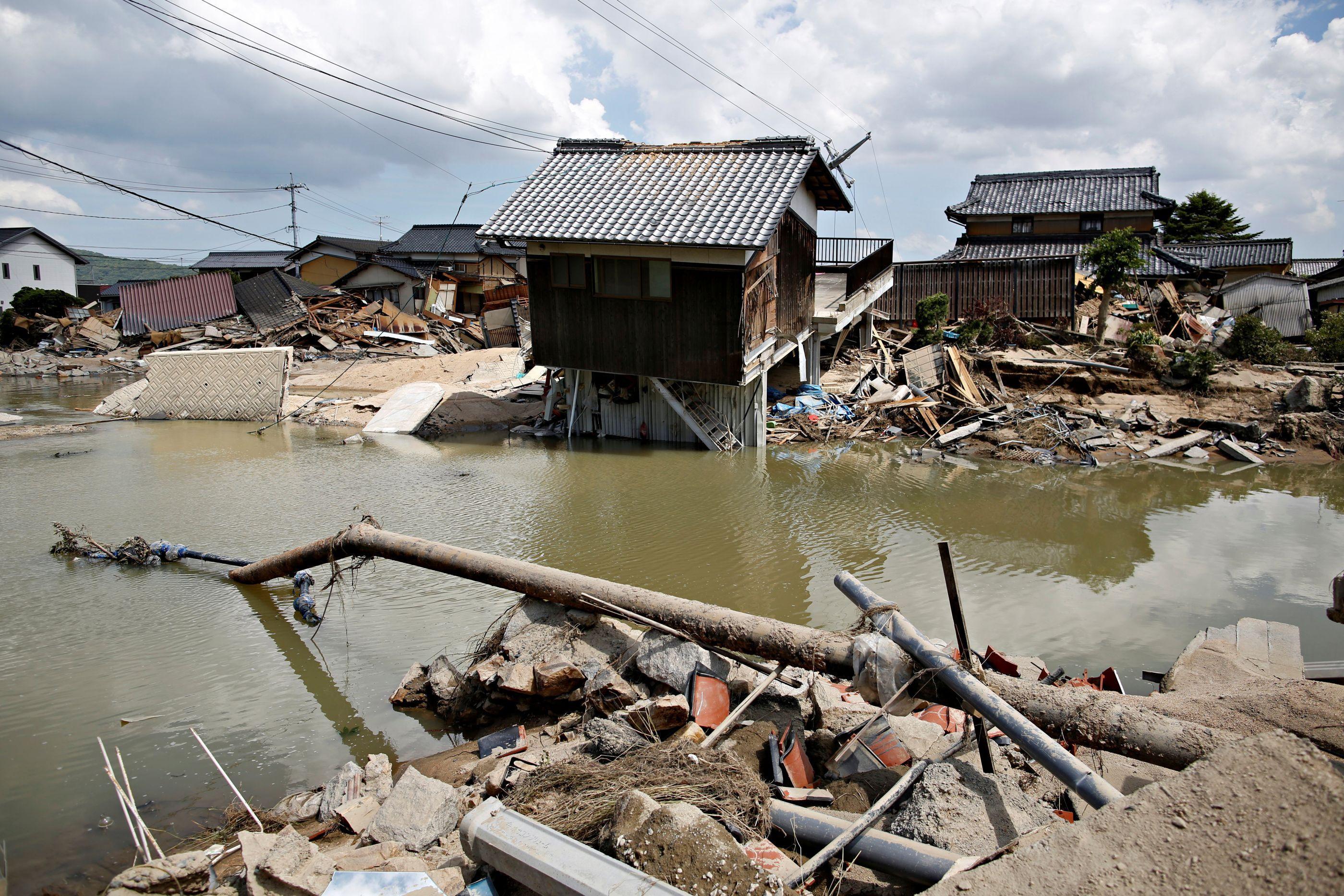 Novo balanço aponta para 150 mortos devido às chuvas no Japão