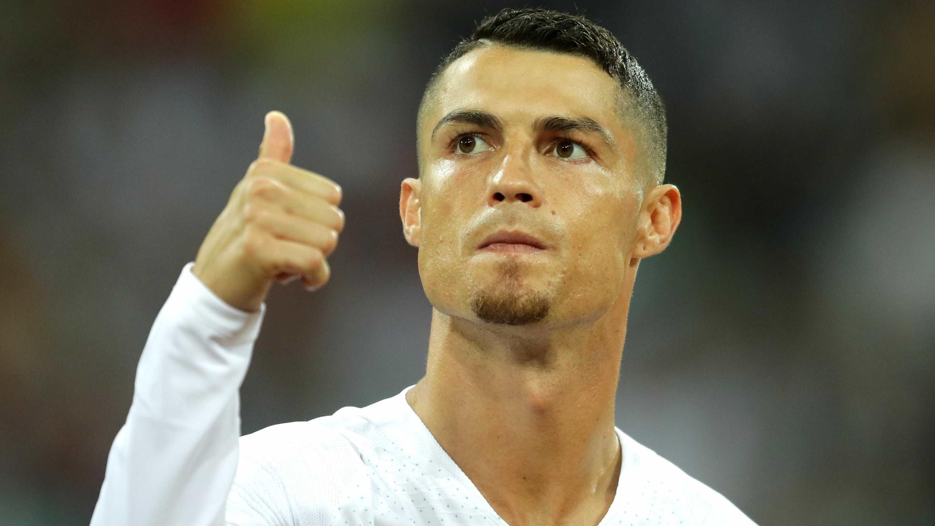 Oficial  Cristiano Ronaldo deixa o Real Madrid e acerta com a Juventus 00895e7a3704f