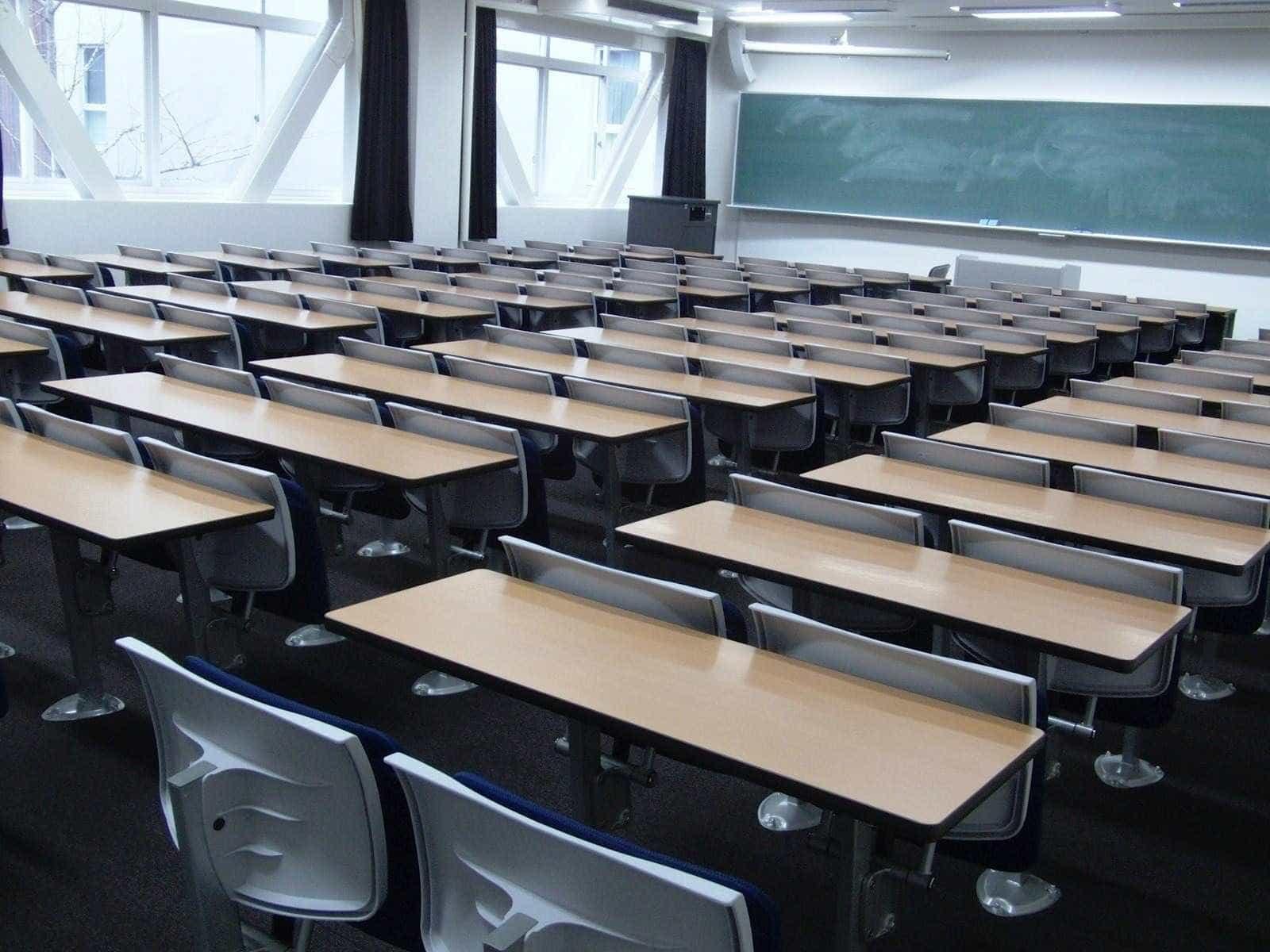 MEC garante R$ 10 mi para projeto-piloto de escolas militares no DF
