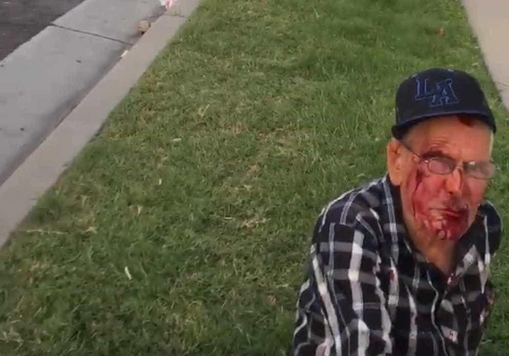 Mulher espanca idoso mexicano de 92 anos com bloco de concreto nos EUA