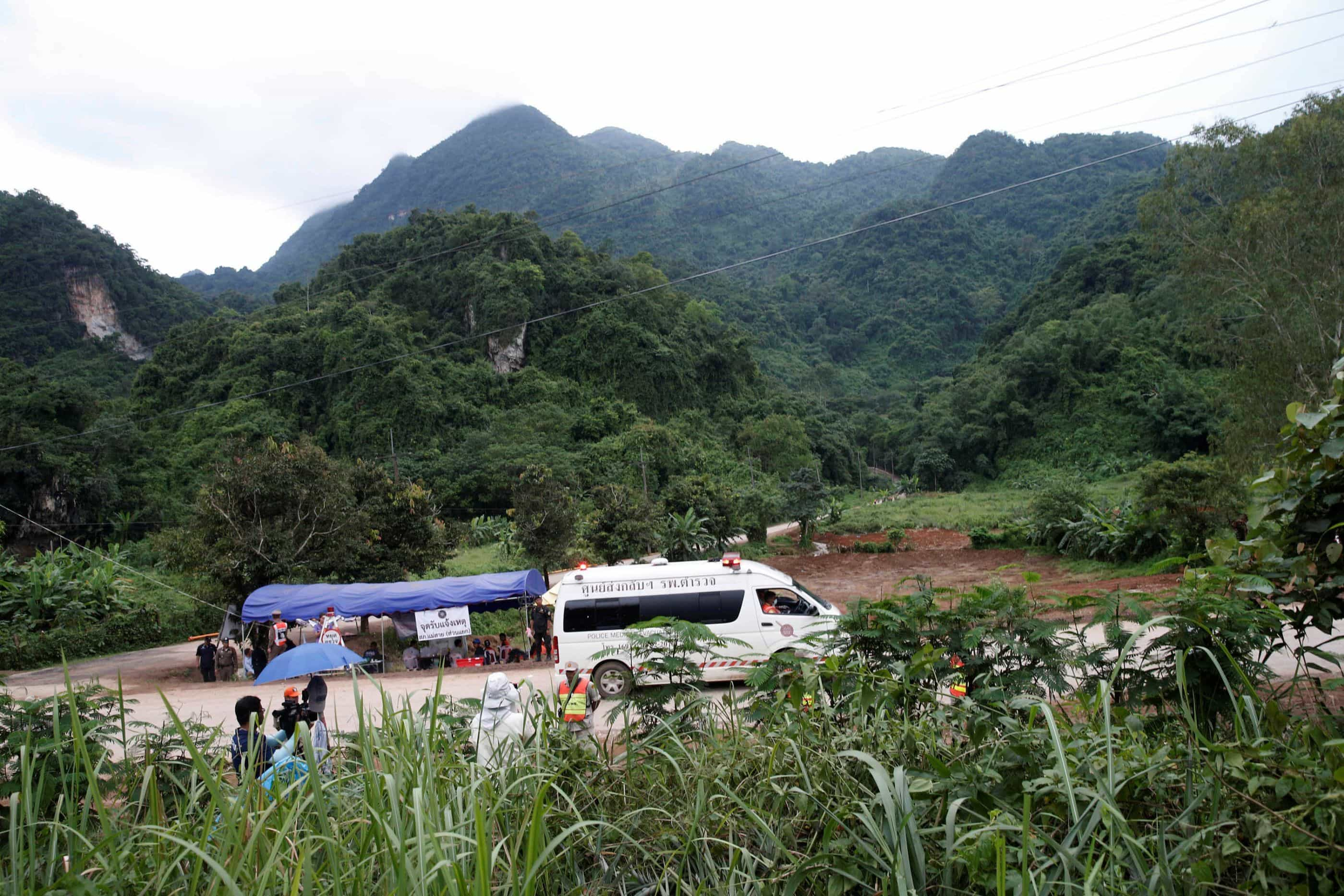 Autoridades estudam como tornar complexo de grutas em ponto turístico