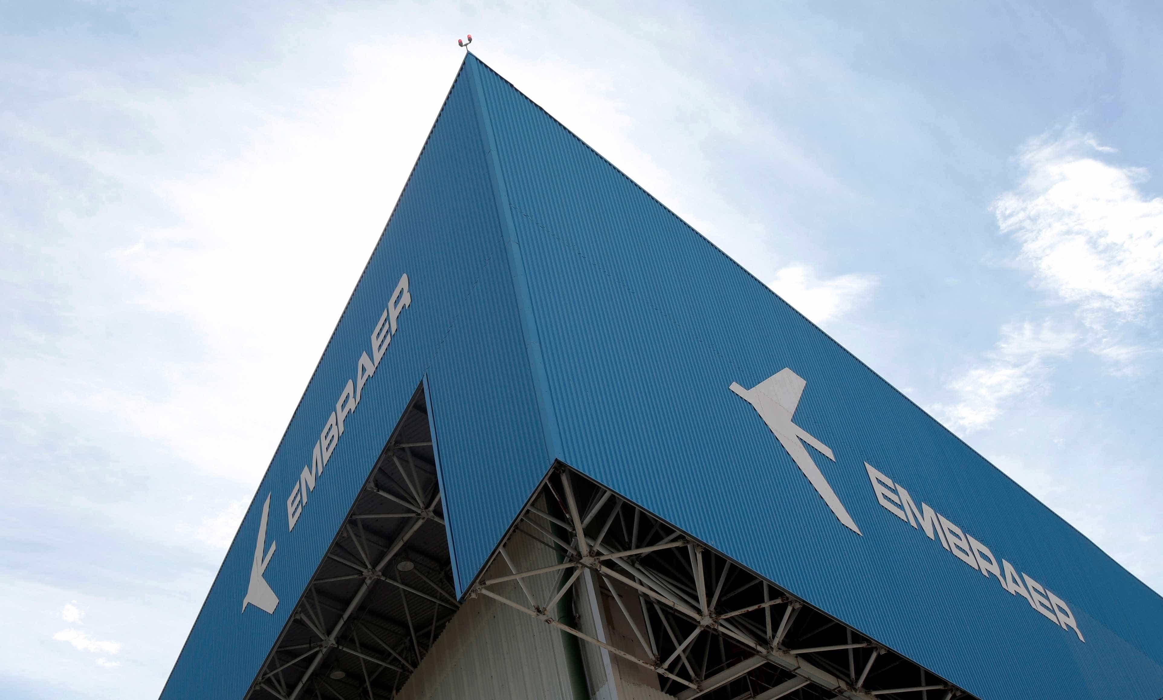 Embraer fecha venda de 25 jatos à United, por US$ 1,1 bilhão