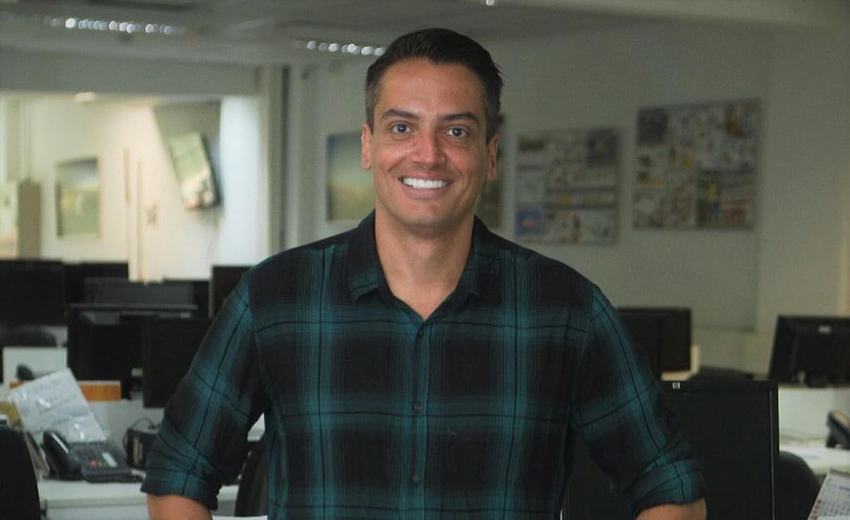 Leo Dias anuncia novo afastamento do SBT: 'Recomeçar'