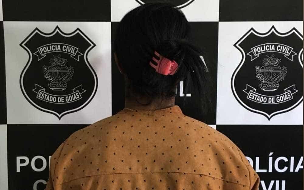 Mulher é presa acusada de torturar, estuprar e prender adolescente