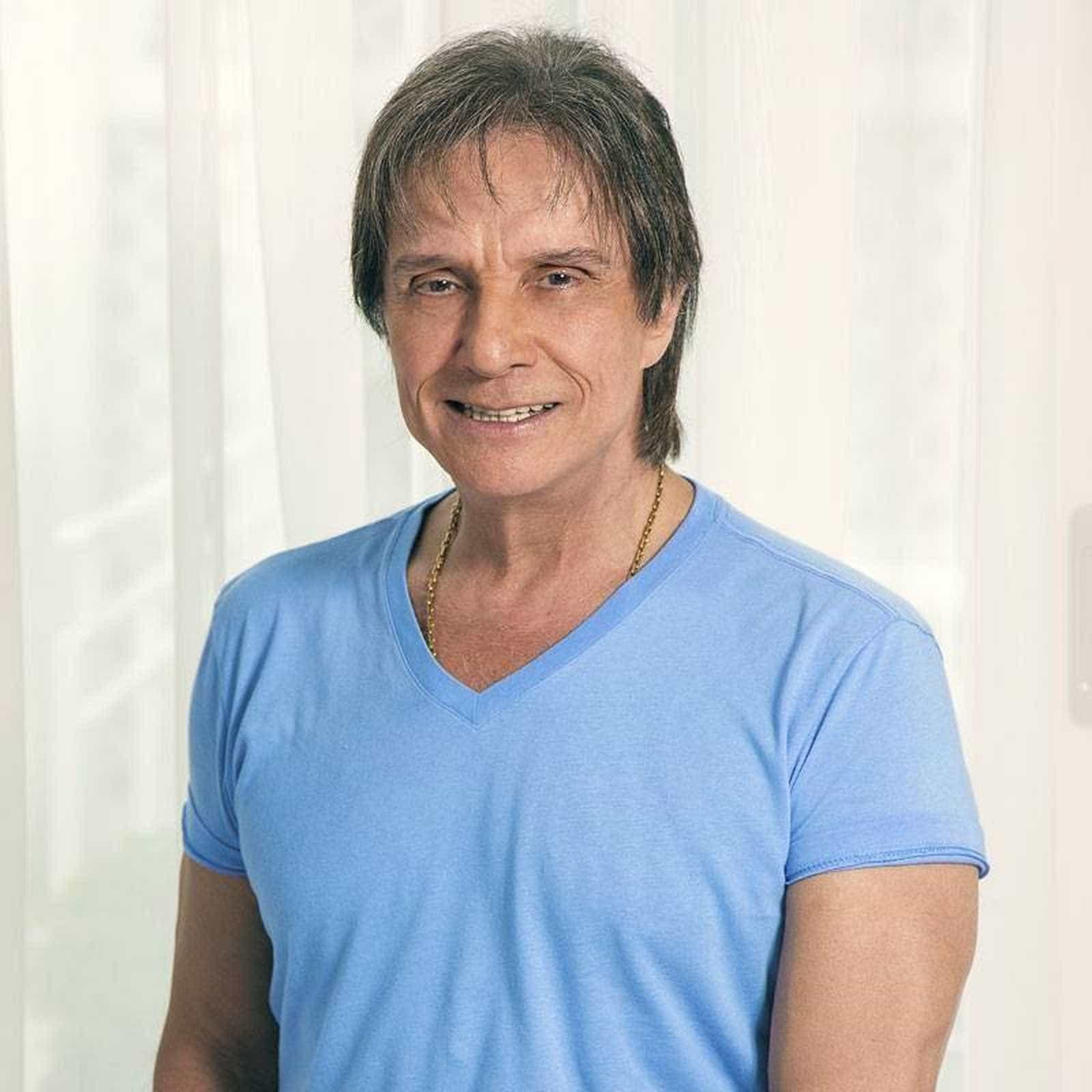 Roberto Carlos lança música em parceria com Alejandro Sanz
