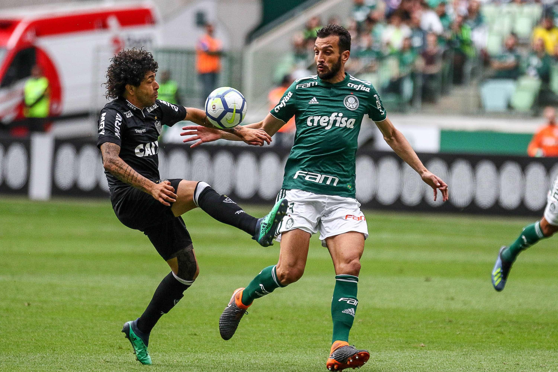 Bruno Henrique marca duas vezes e Palmeiras vence o Atlético-MG