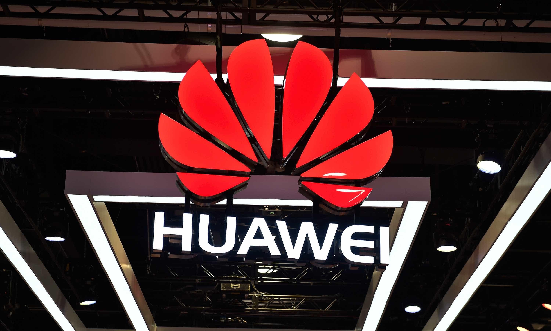 EUA acusam Huawei de fraude, dias antes de diálogo com China