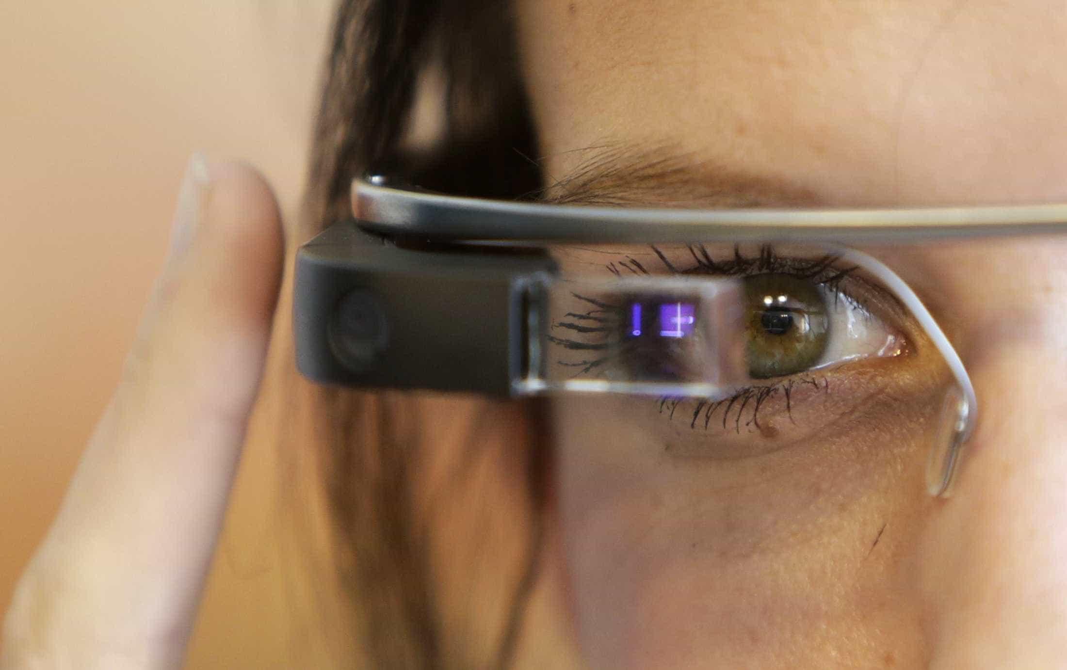 Cientistas testam Google Glass em terapia para crianças com autismo