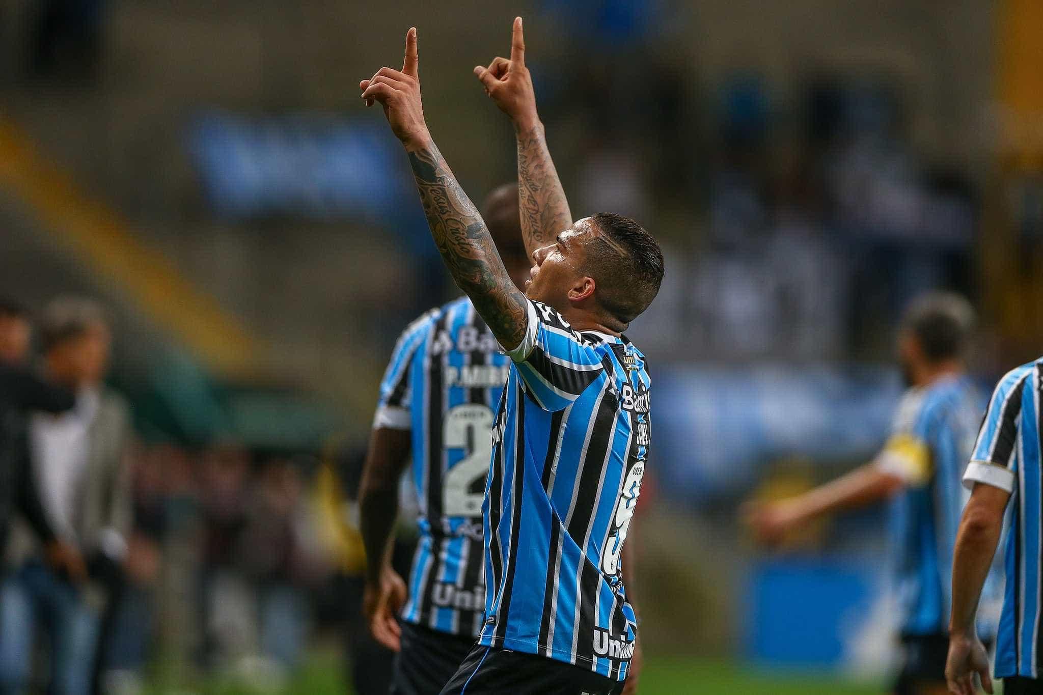 Grêmio demite dois médicos após lesões de Jael e André