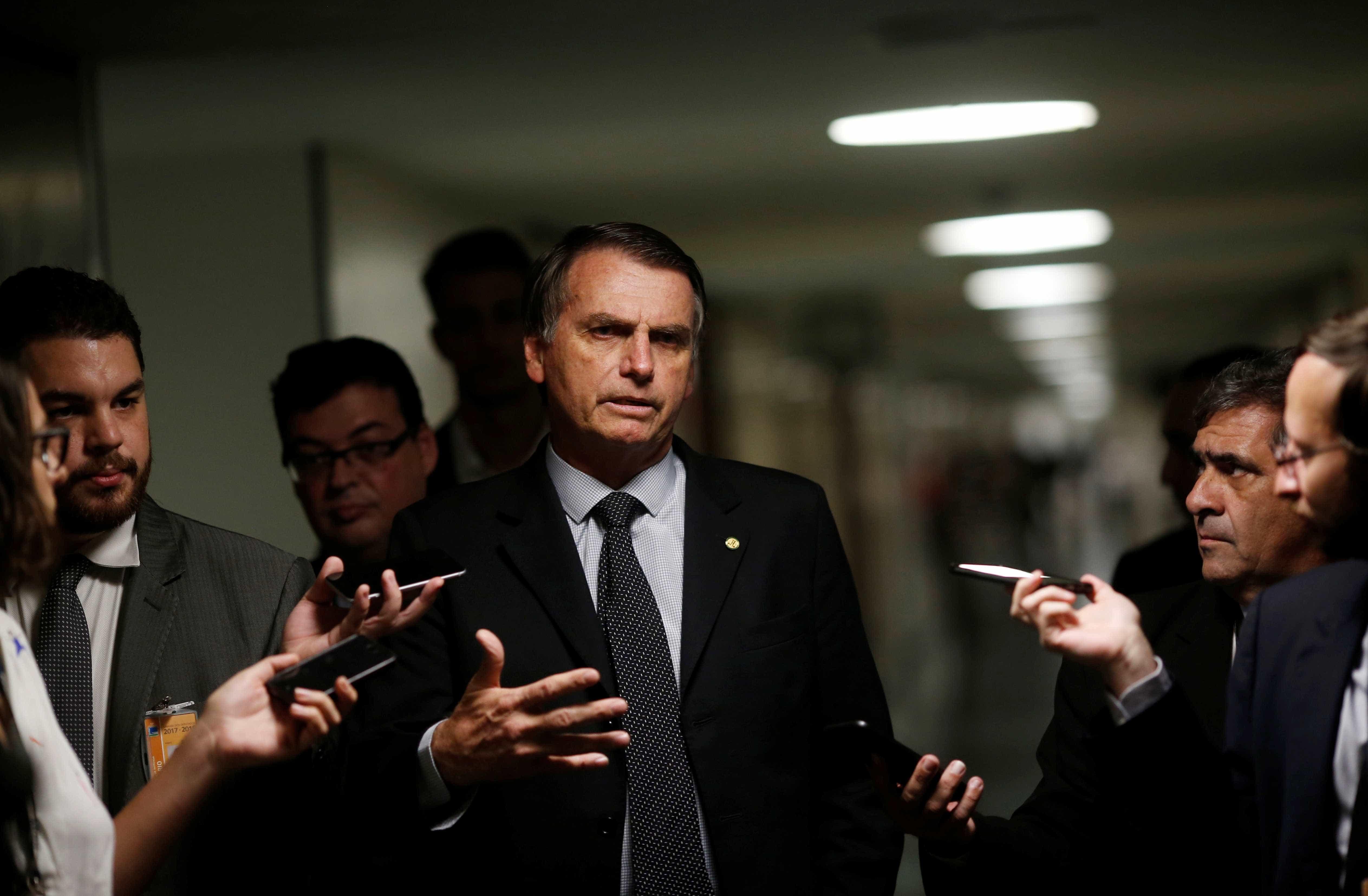 Bolsonaro responde a Ciro: 'Ele está tendo coragem de elogiar Hitler'