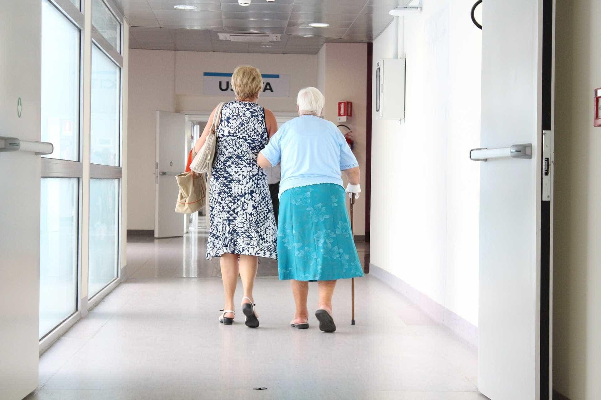 Novos idosos chegam à velhice com mais doenças crônicas e limitações