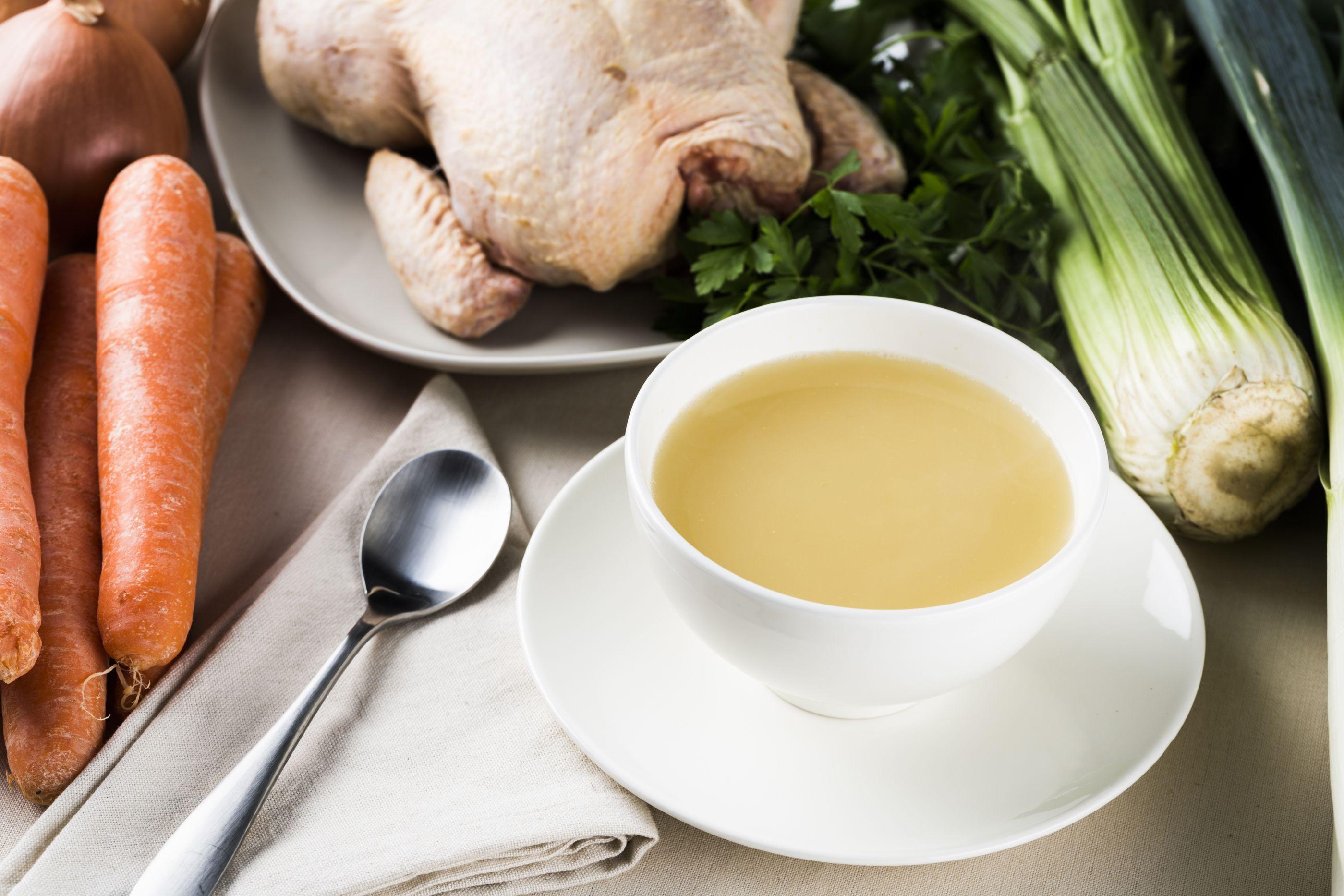 Caldo de ossos: conheça o novo elixir da saúde