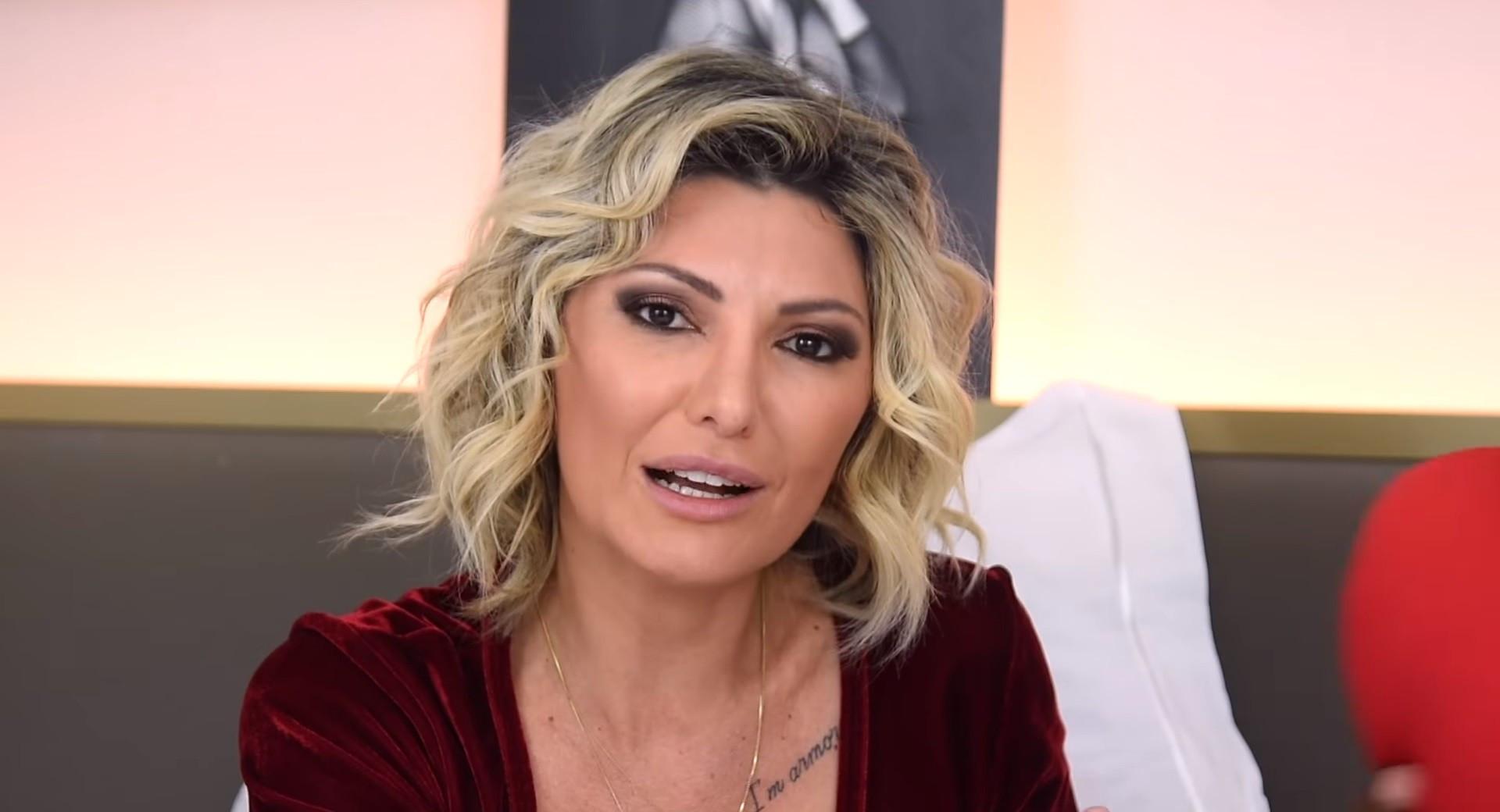 Fontenelle ataca Anitta e famosas por corrente contra Bolsonaro