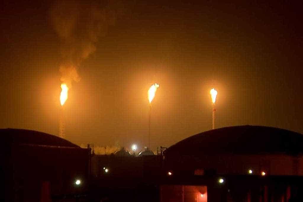 Após incêndio, refinaria de Paulínia continua paralisada
