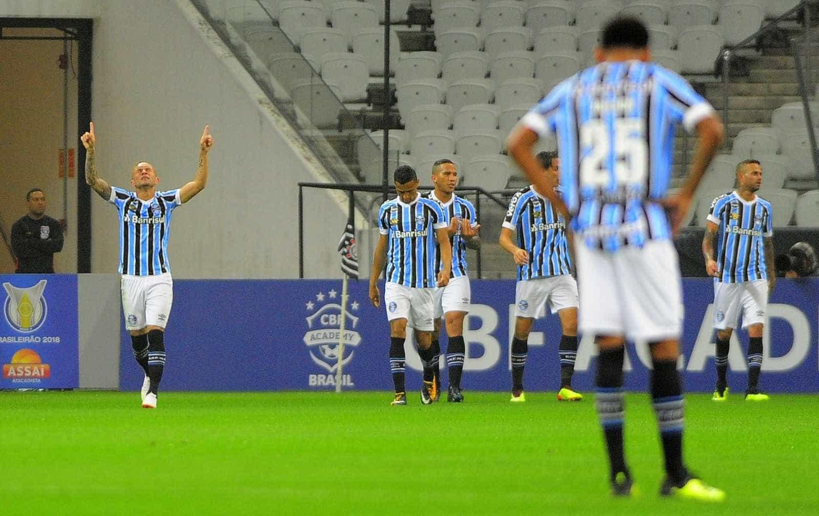 Defesa iguala recorde e ajuda Grêmio a fechar turno no topo da tabela