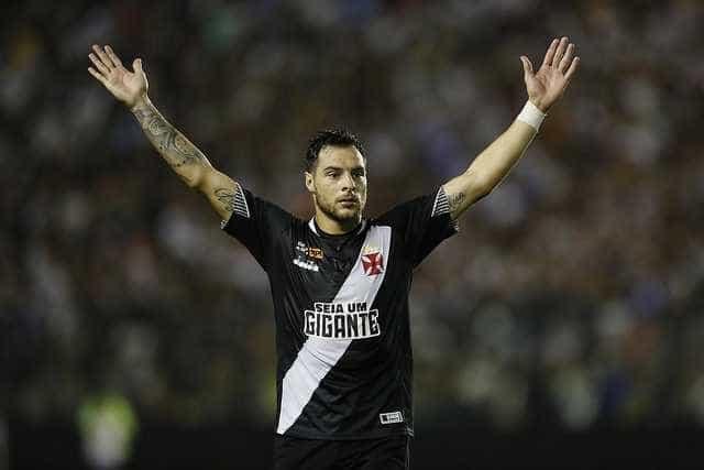 Vasco empata com Ceará e fica em situação perigosa no Brasileiro