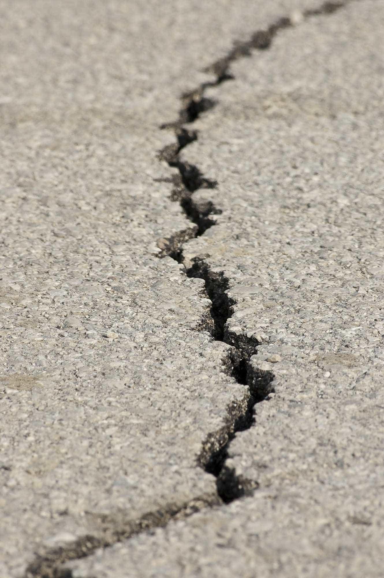 Forte terremoto no Irã deixa ao menos 2 mortos e 240 feridos