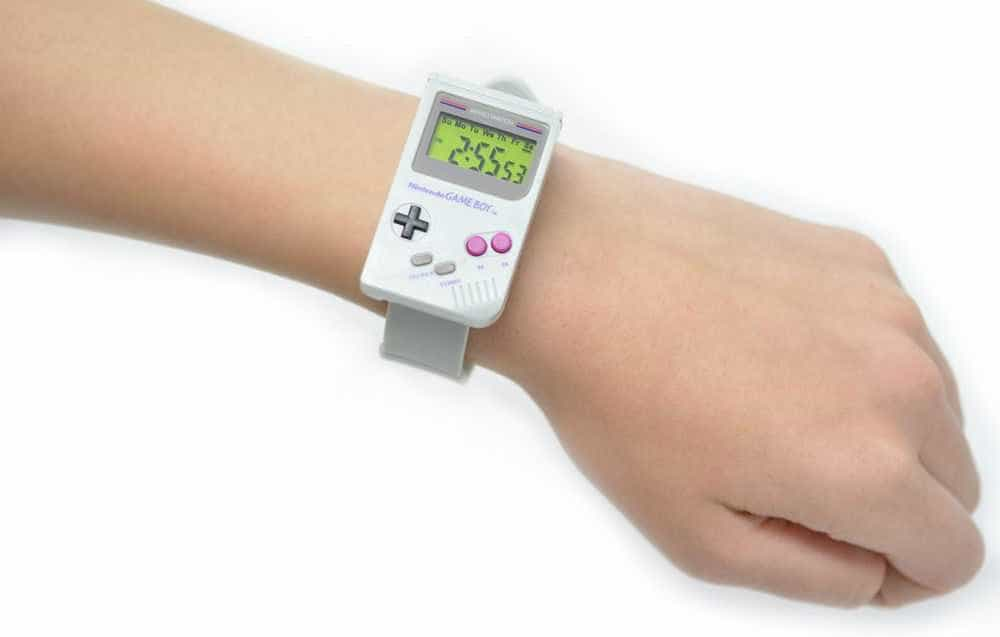 Nintendo lança relógio inspirado no modelo do Game Boy clássico