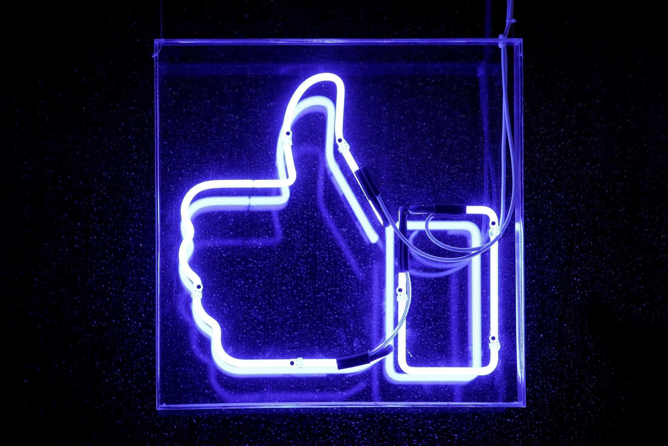 Facebook pediu dados de usuários a bancos, denuncia jornal
