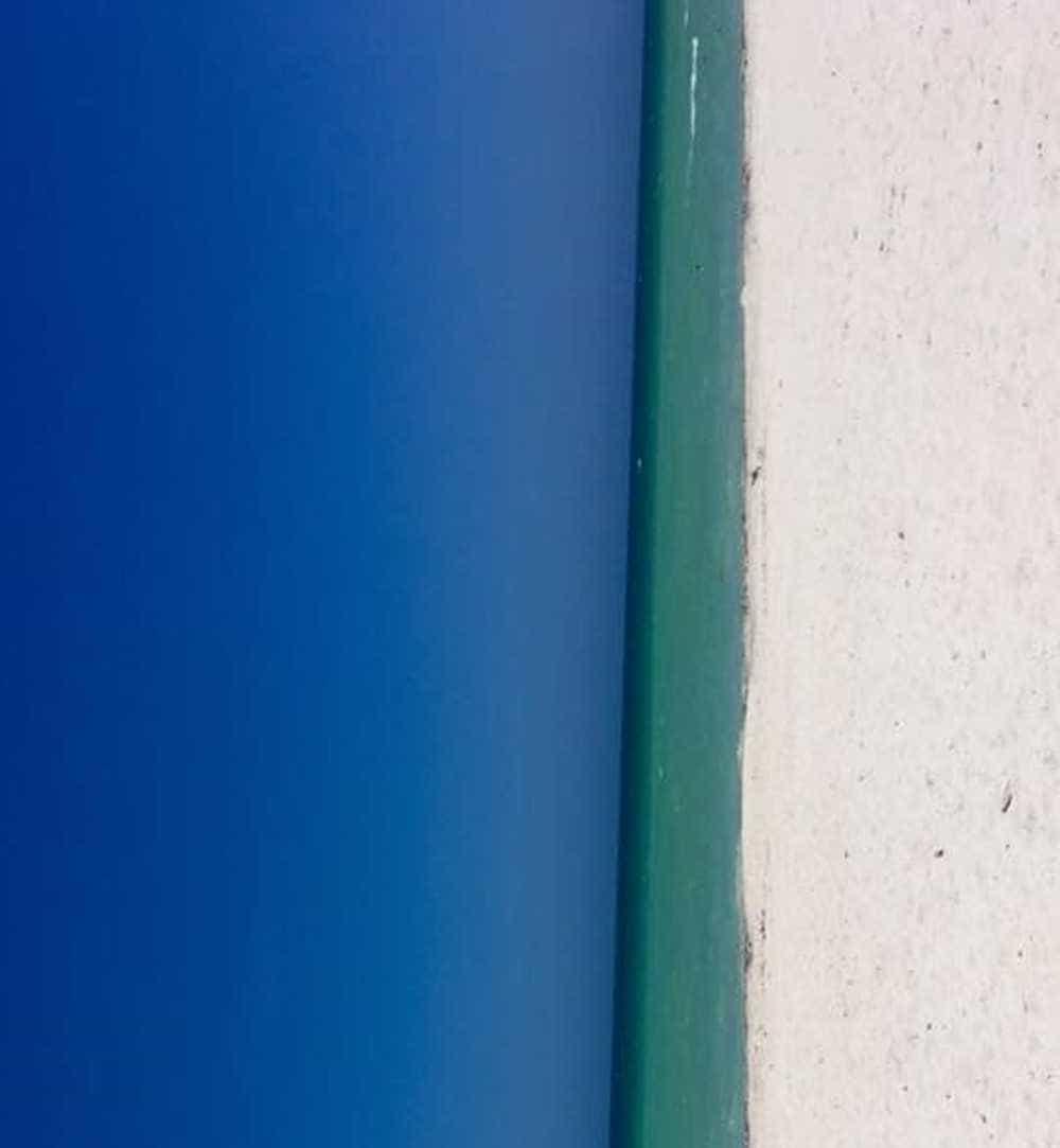 Novo mistério da internet: porta ou praia?