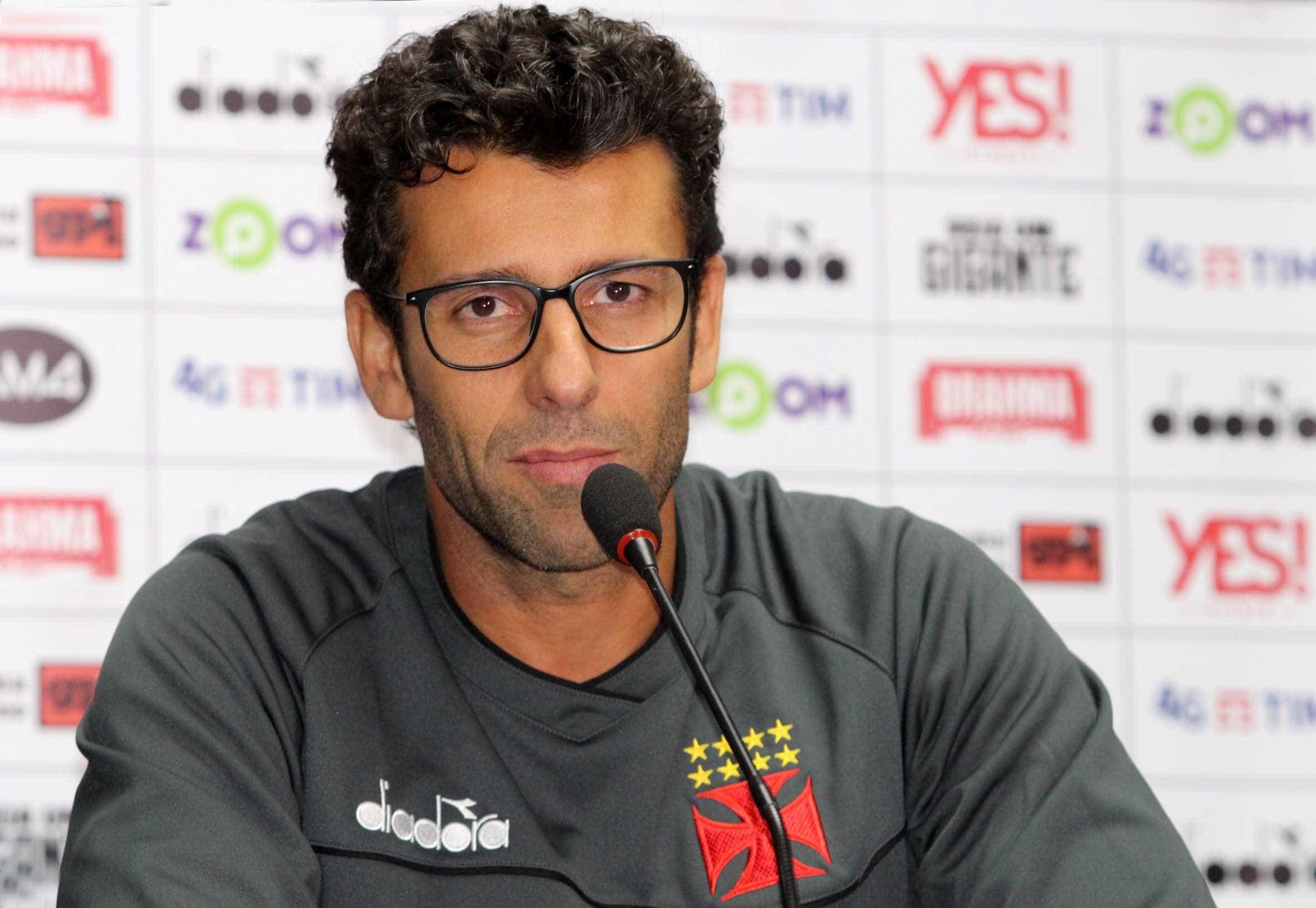 Vasco lamenta chances perdidas e gol nos acréscimos: 'Foi um pecado'