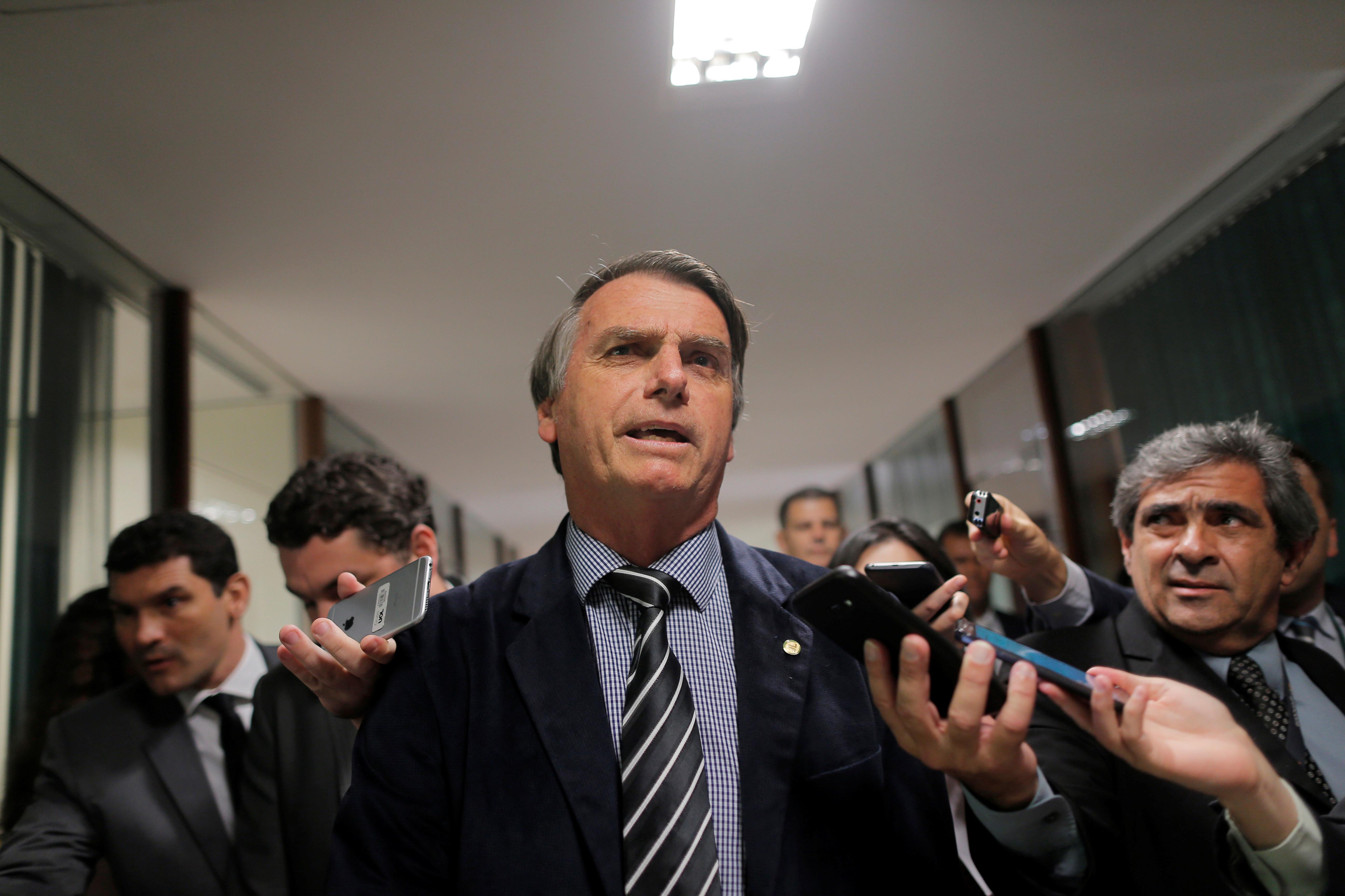 Bolsonaro diz que não vai usar verba publicitária para perseguição