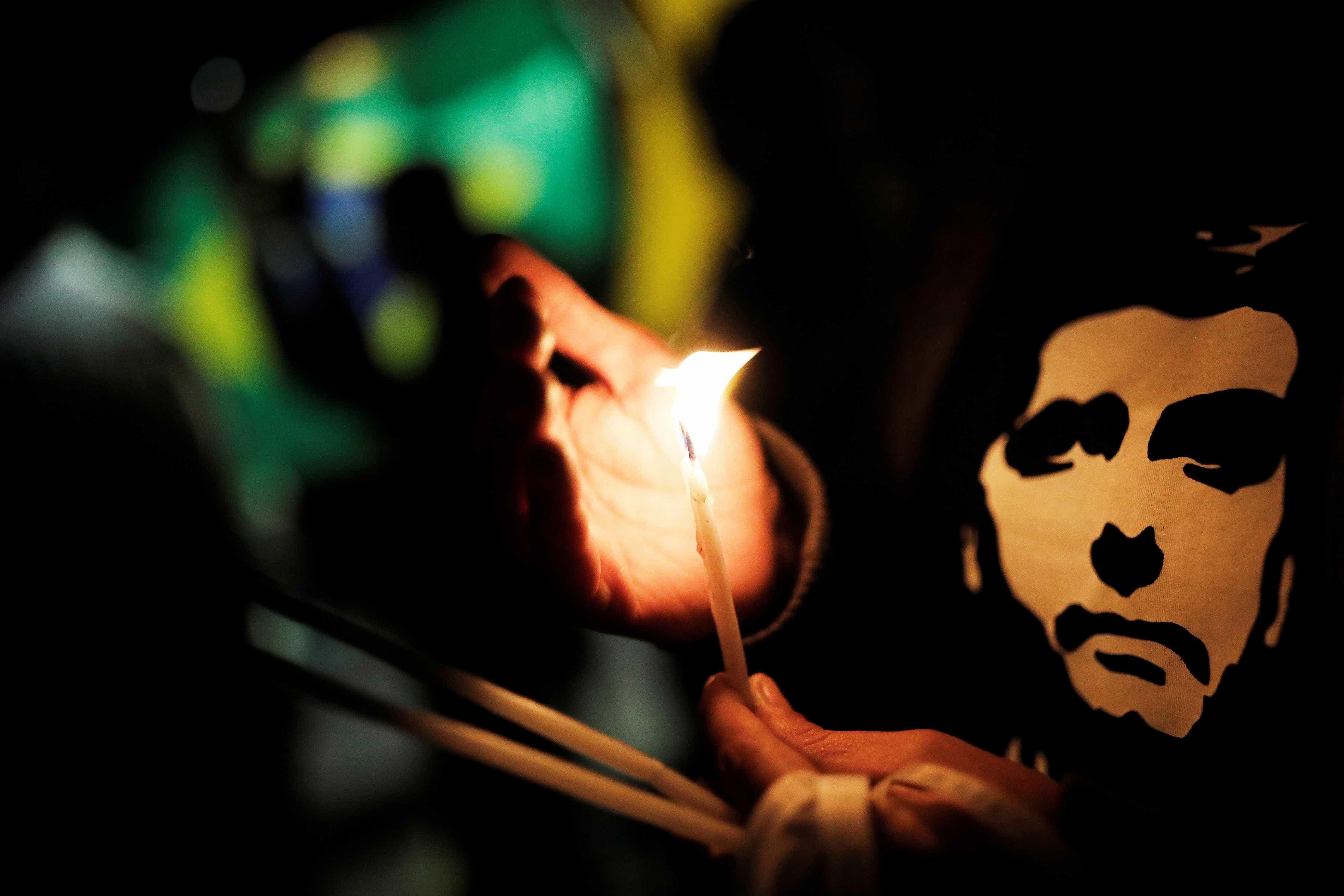 Boletim: Bolsonaro está evoluindo, mas ainda registra 'leve anemia'