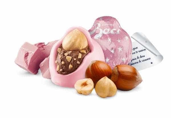 Chocolate Baci Perugina ganha versão rosa