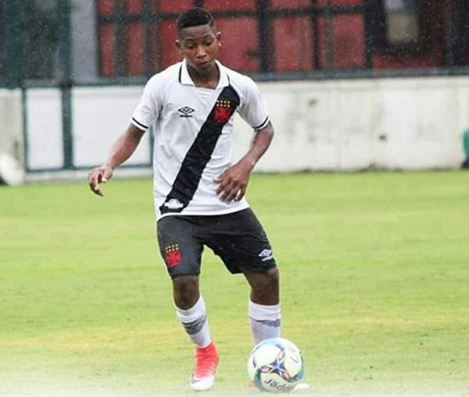 Morre jogador do Vasco de apenas 14 anos, vítima de câncer ósseo