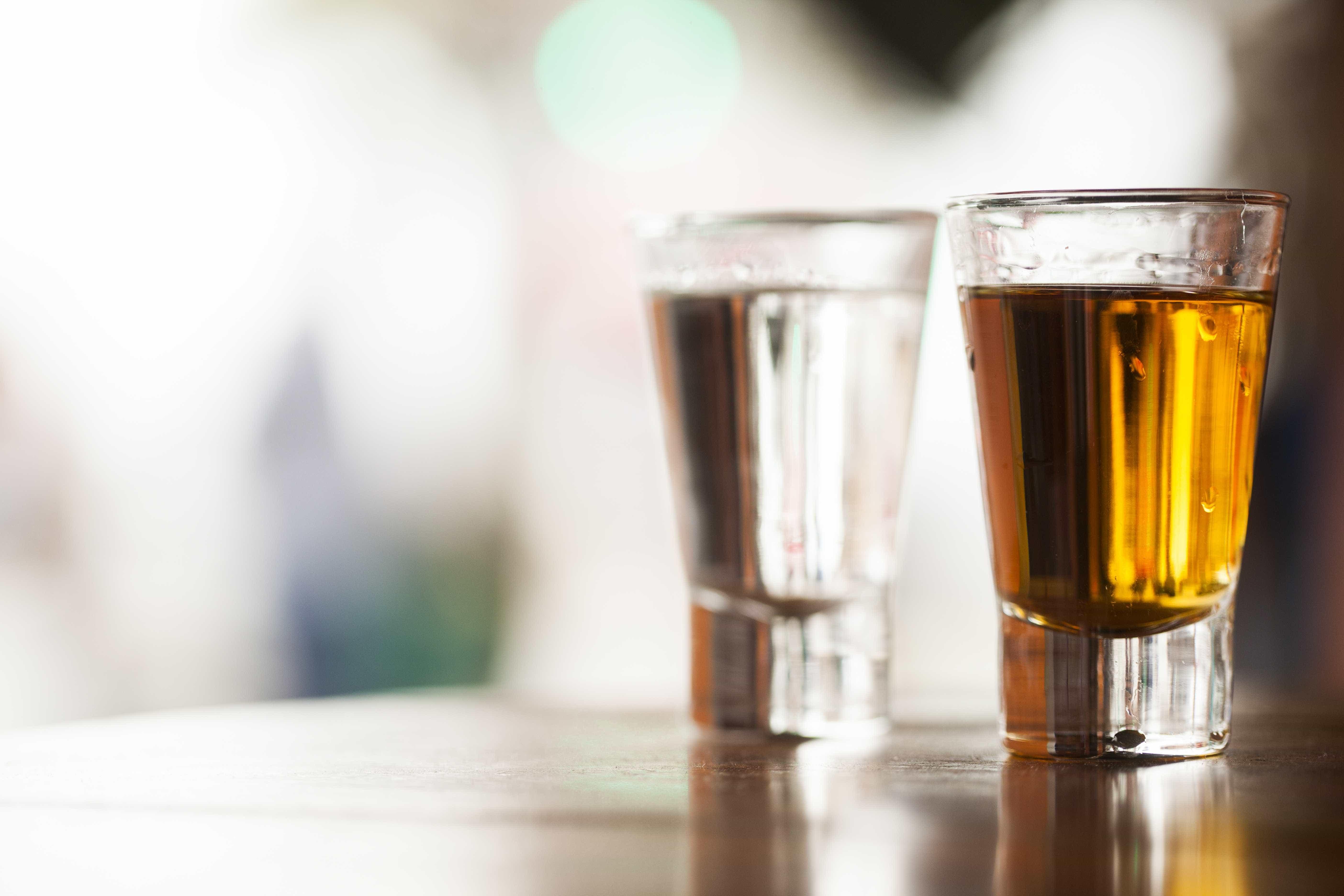 Entenda o que é o 'blackout' alcoólico e o perigo que ele representa