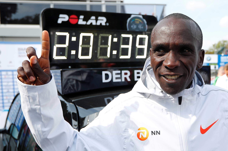 Medalhista de ouro no Rio-2016 derruba o recorde da maratona