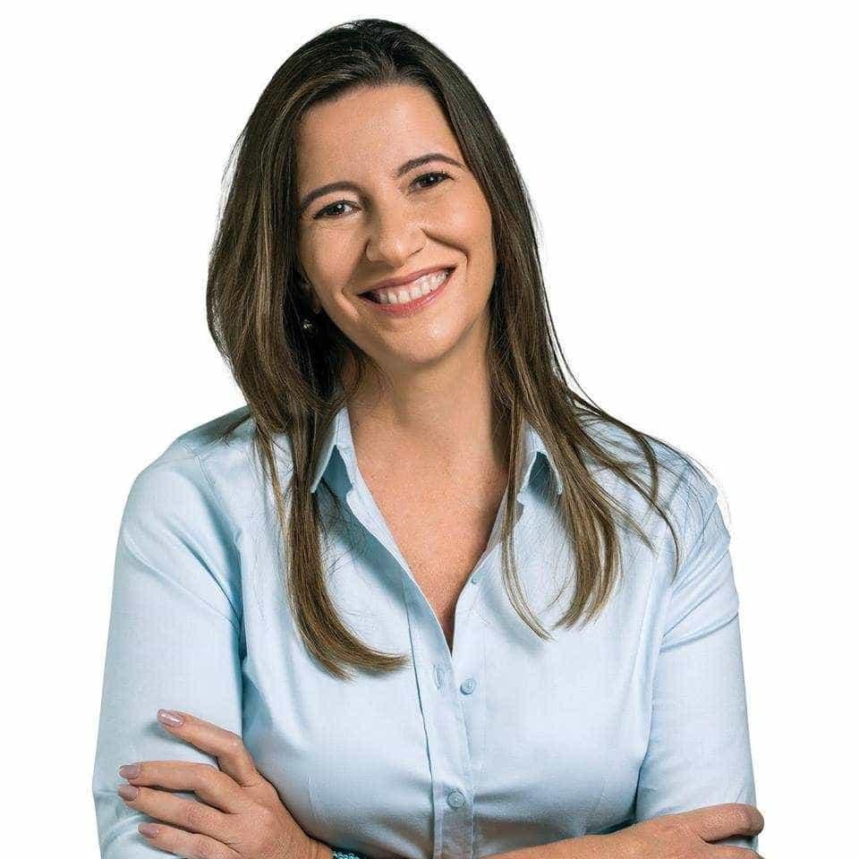 Justiça Eleitoral barra candidatura de irmã de Ciro Gomes no CE