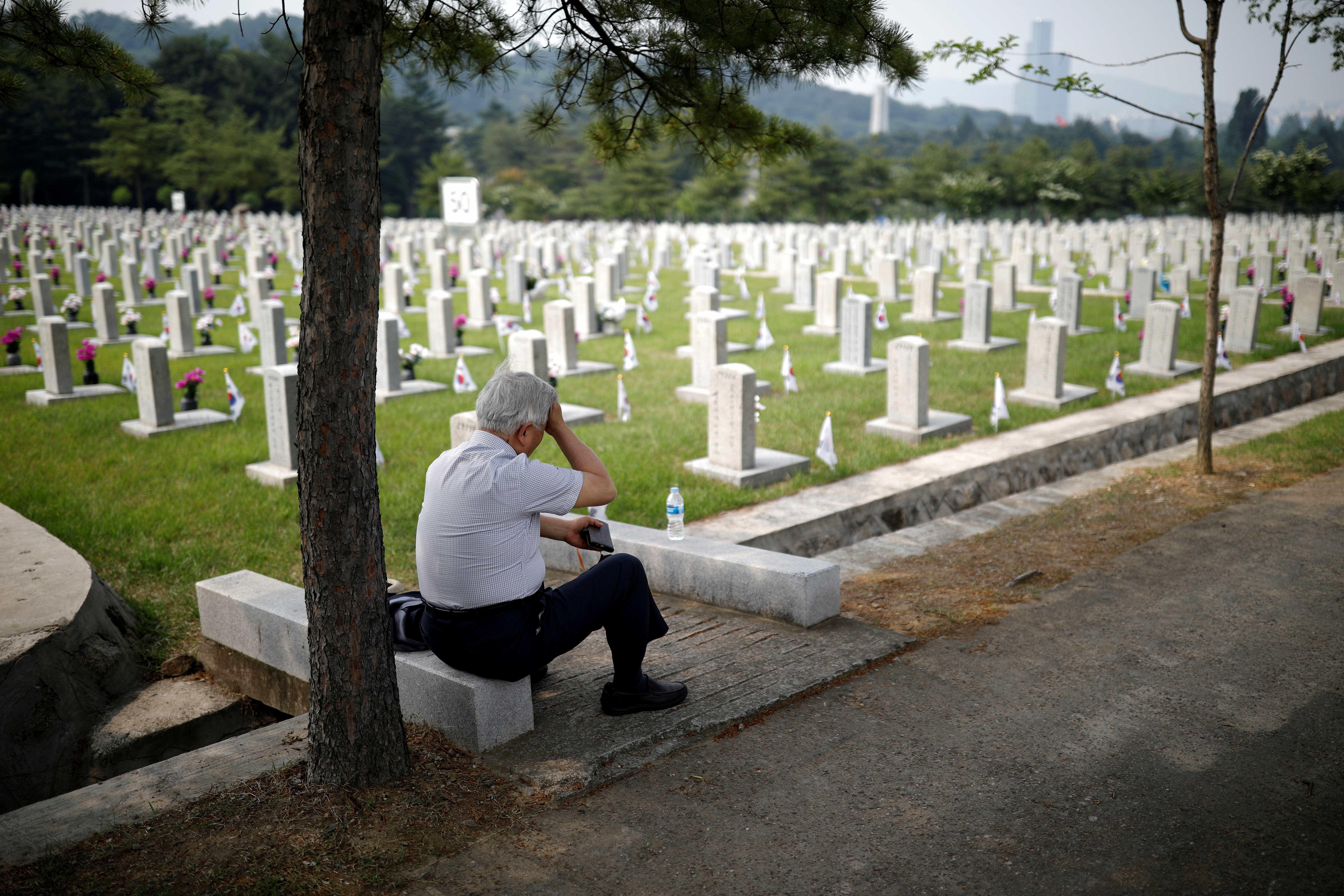 Cemitérios de São Paulo devem receber 1milhão de visitantes