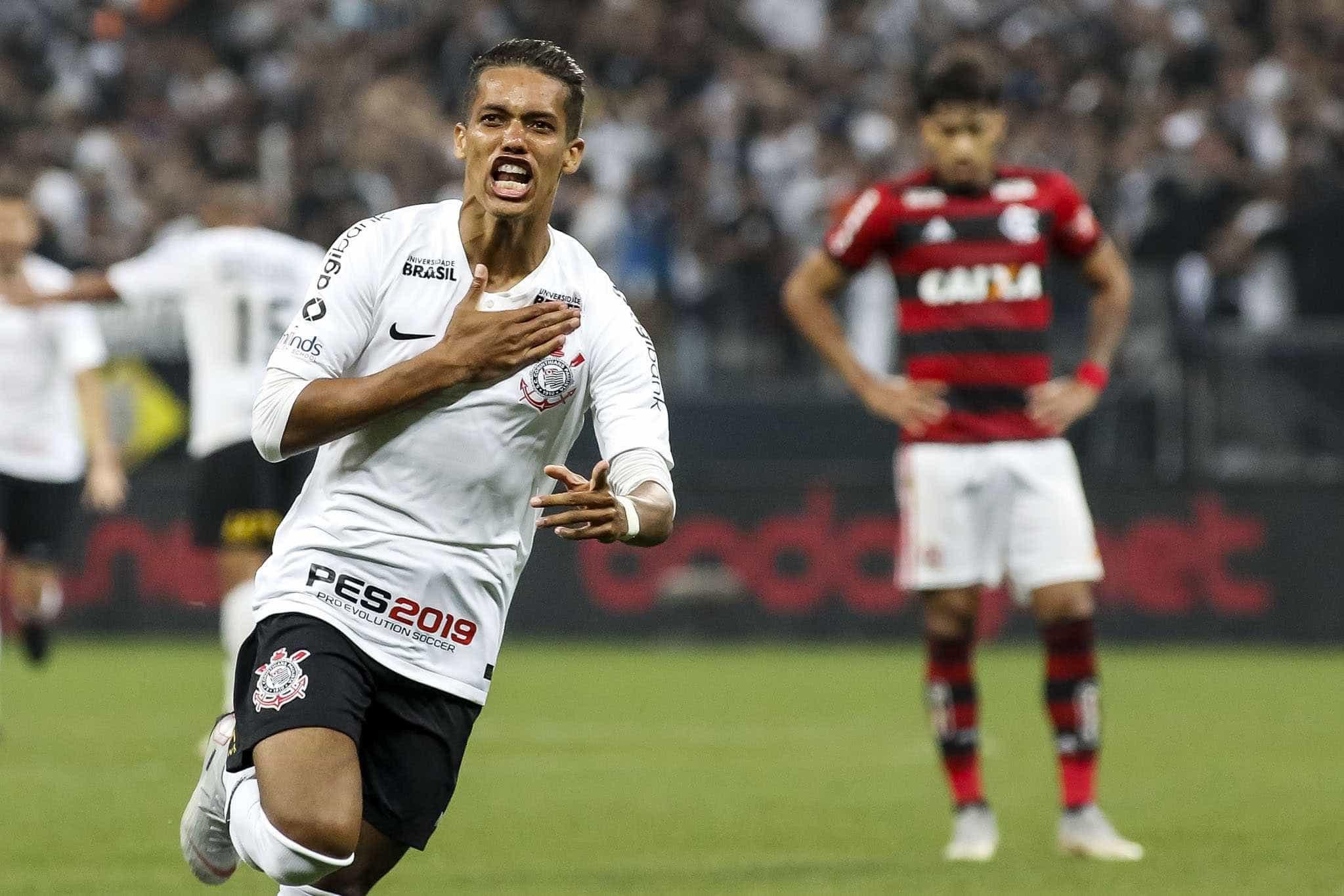 Xodó, Pedrinho dá chance ao Corinthians de salvar a temporada