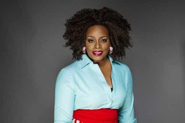 Diva do jazz, Dianne Reeves faz shows no Brasil