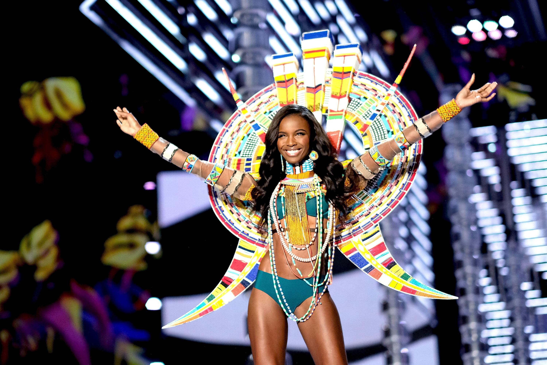 Brasileiras reforçam time de angels do Victoria's Secret Fashion Show