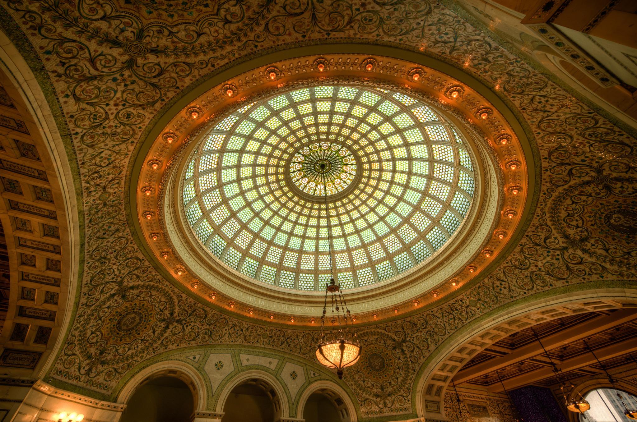Olhe para cima: os tetos que são verdadeiras obras de arte