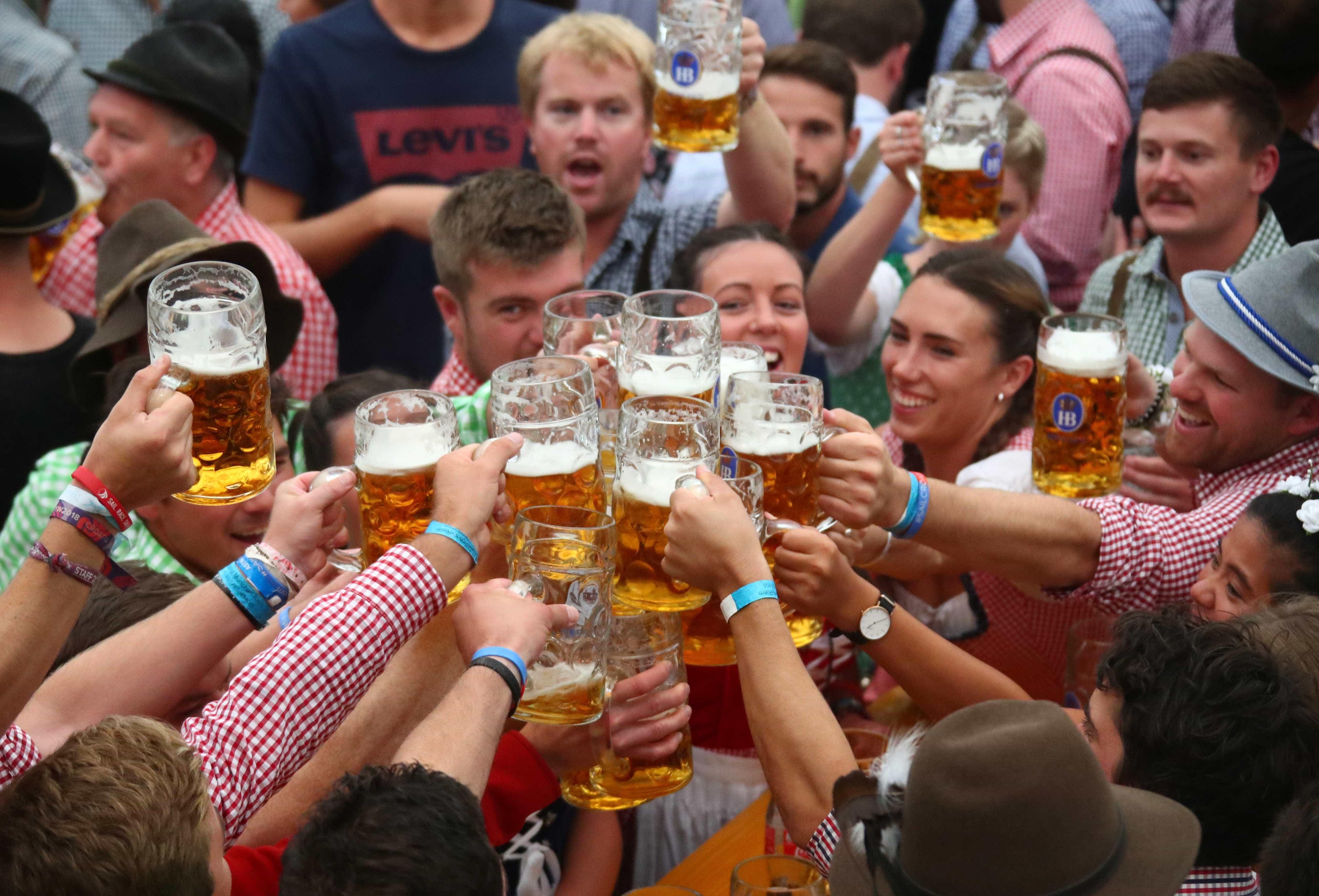 Oktoberfest domina cidades de todo o mundo neste mês