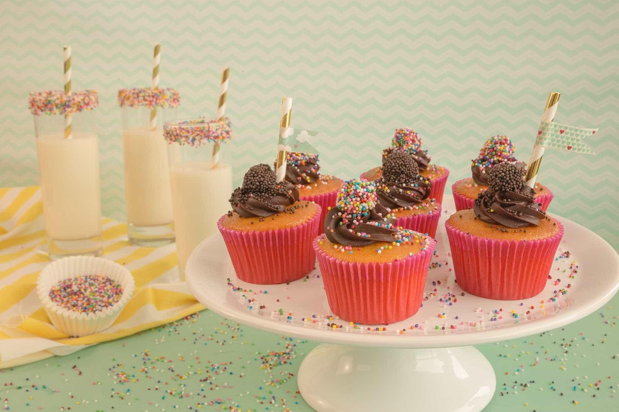 Faça cupcake de cenoura com brigadeiro para o dia das crianças