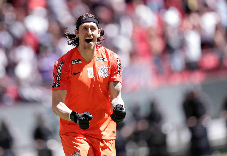 Corinthians anuncia renovações de Cássio e Fagner até 2022
