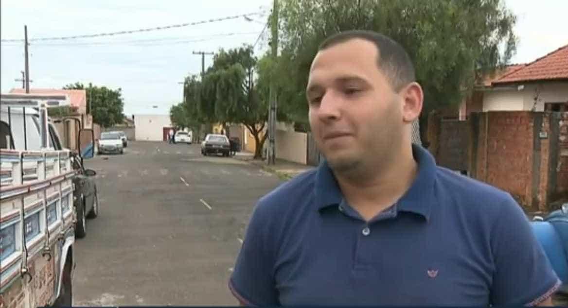 'Foi brincadeira', diz eleitor que apertou botões de urna com revólver