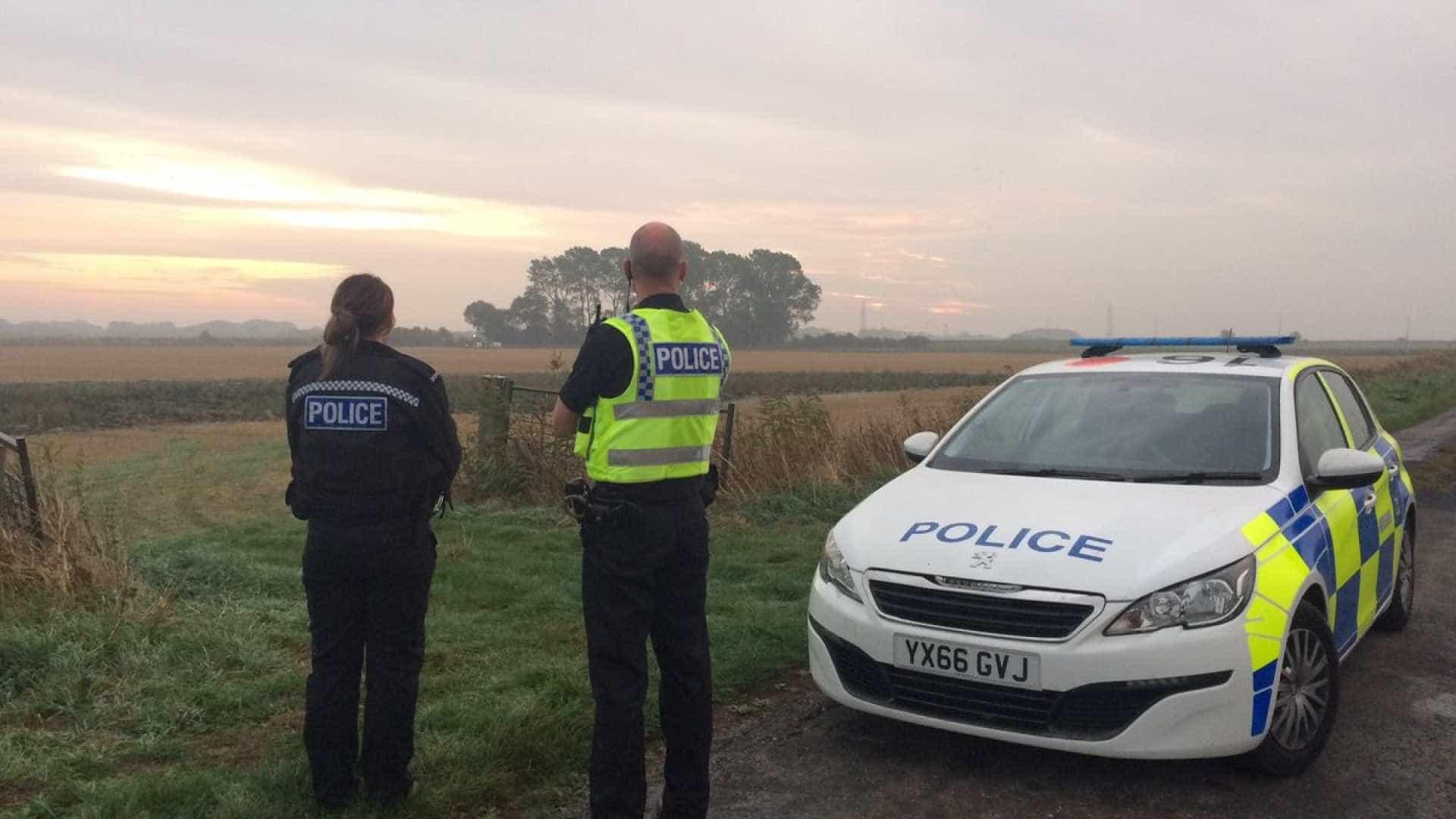 Queda de avião deixa dois mortos no Reino Unido