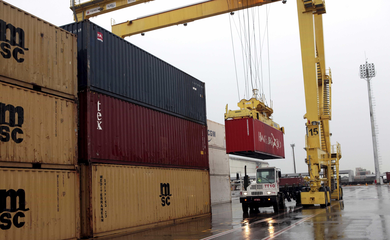 Brasil perde US$1 bi por ano com barreiras comerciais