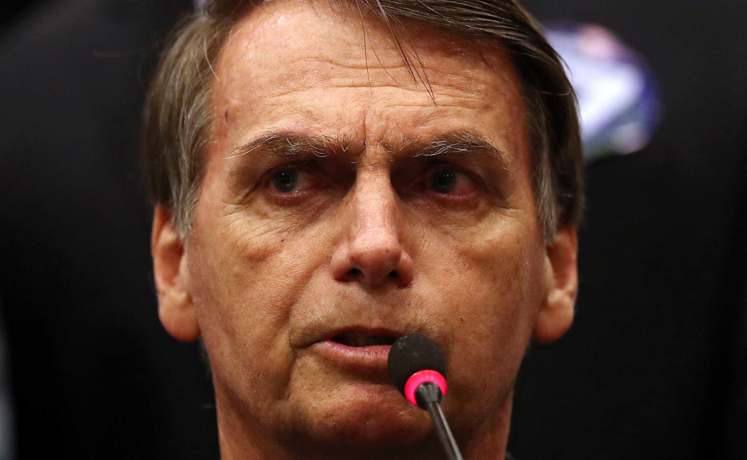 'The Economist' diz que Bolsonaro representa ameaça para América Latina