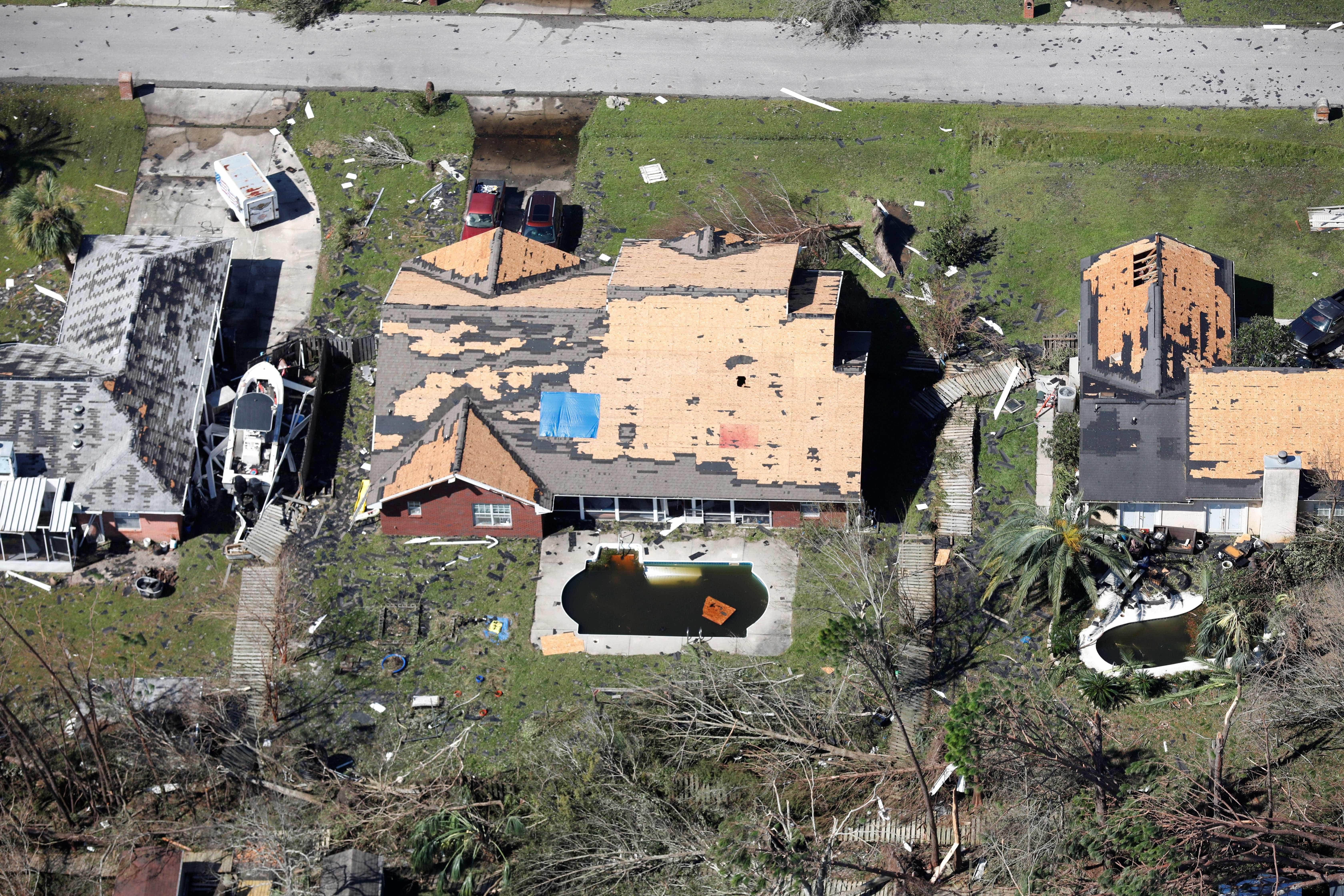 Brasileiros que vivem na Flórida têm casas danificadas por furacão