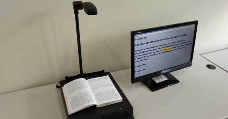 Deficientes visuais podem ler e produzir textos em biblioteca da USP