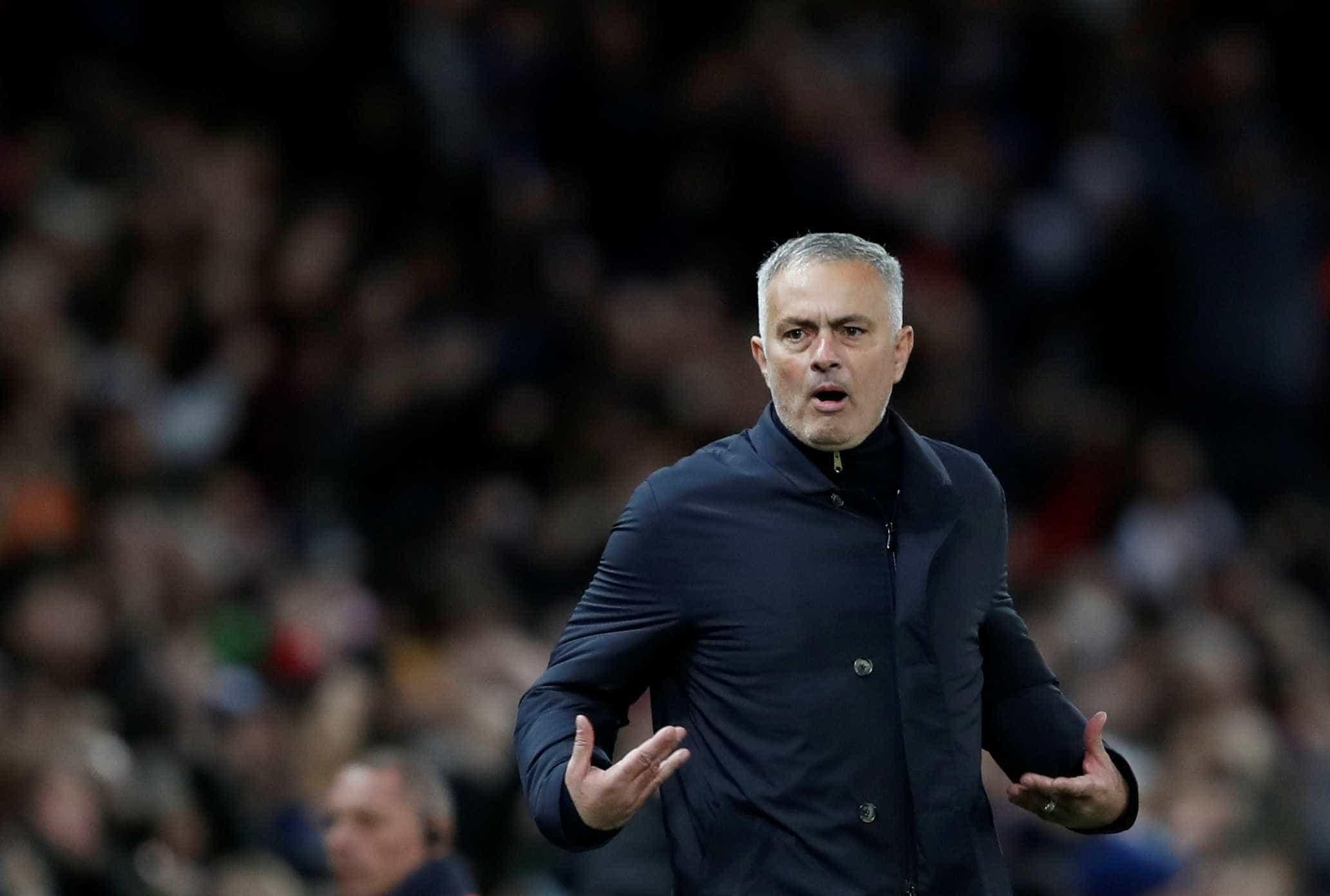 Mourinho é demitido pelo Manchester United
