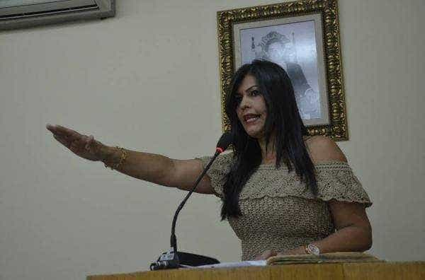 Vereadora do PSL é presa em AL por suspeita de compra de voto