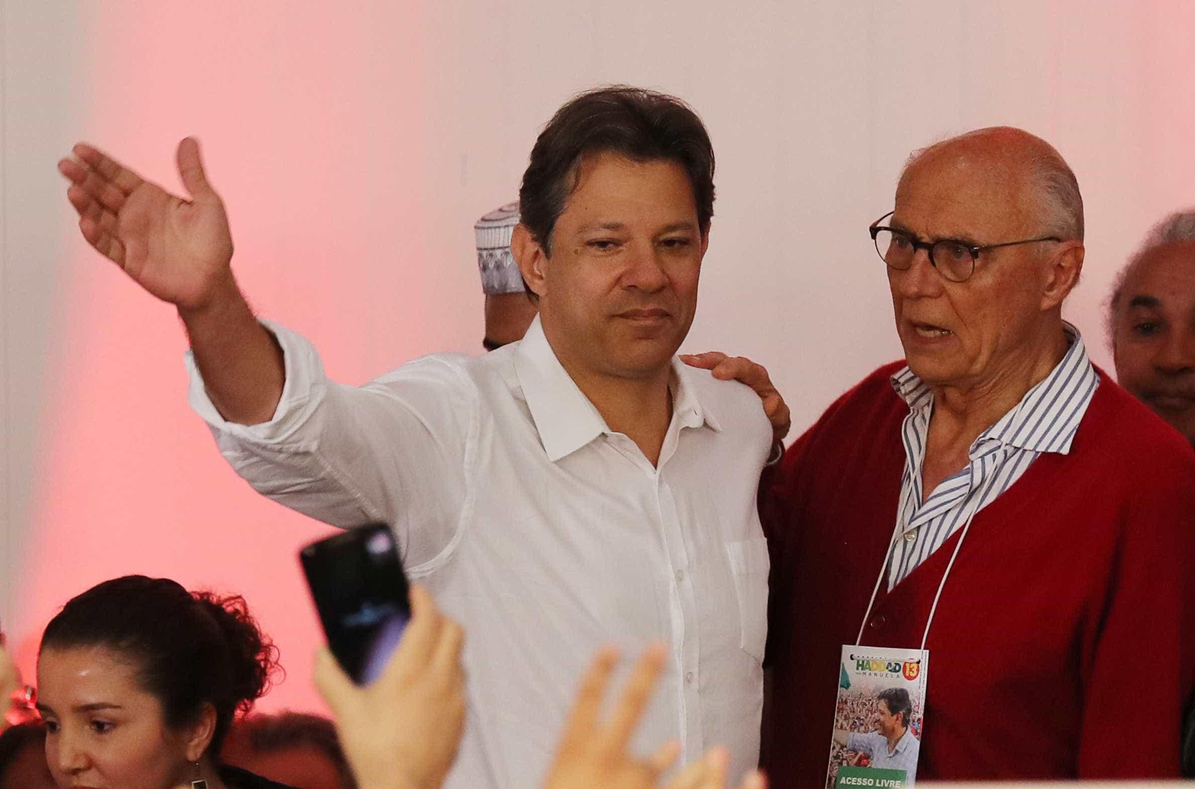 Haddad tem aval de Lula para liderar oposição ao governo Bolsonaro