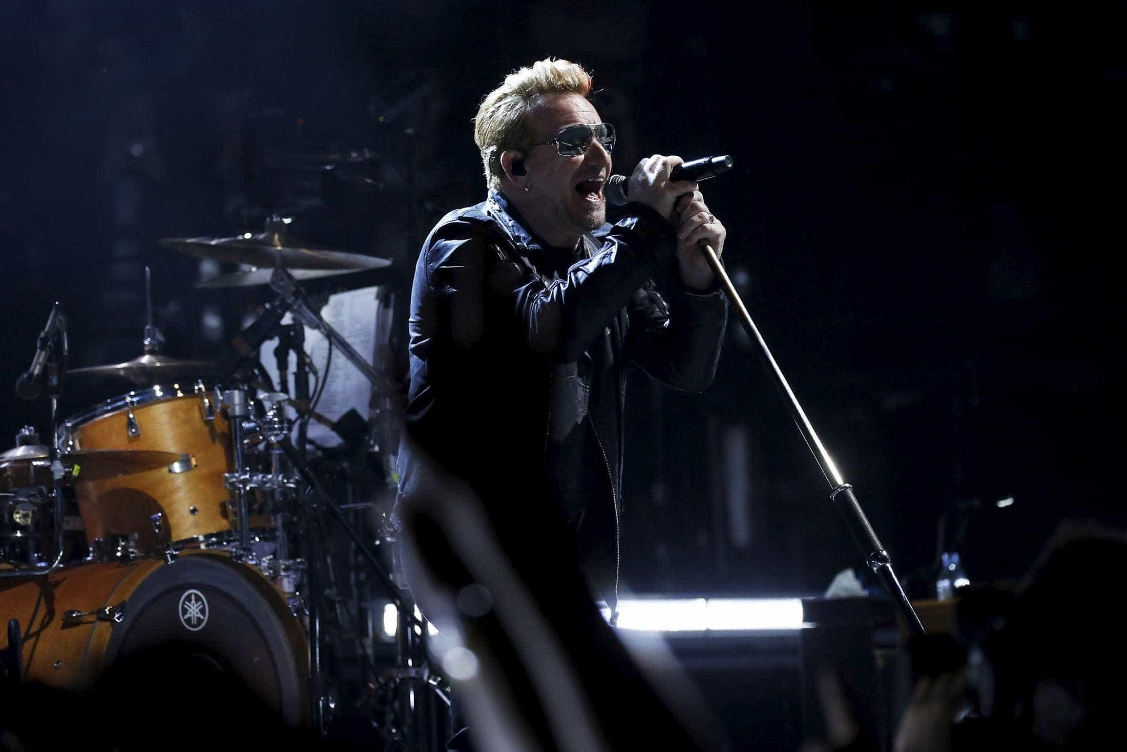 Carnaval vai virar parada militar, diz Bono sobre eleição de Bolsonaro